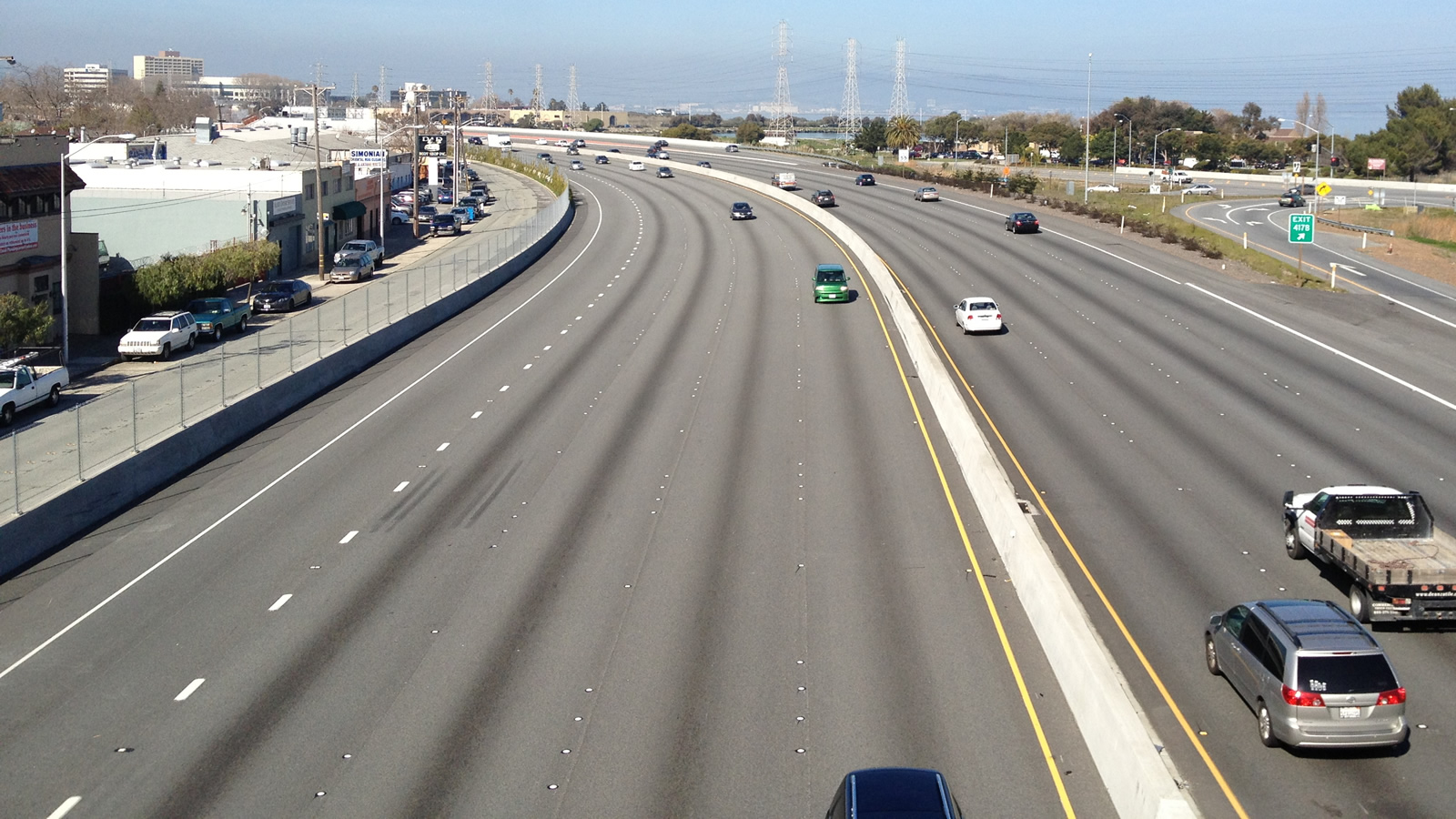 <h3>U.S. Highway 101 Expansion, California</h3><h4>Cost: $534 million</h4><p>It's a boondoggle because: This is U.S. Highway 101's seventh expansion in the San Mateo area since the 1980s. It's projected to bring more cars into an already congested area, while directly conflicting with California's global warming goals.</p><em>David Broad, CC-BY-2.0</em>